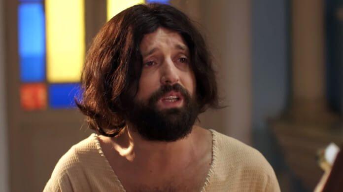 Gregório Duvivier como Jesus no Porta dos Fundos