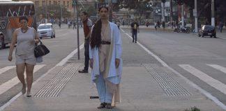 "Héloa mostra a vida de imigrantes na megalópole em ""Silêncio"""
