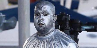 Kanye West prateado