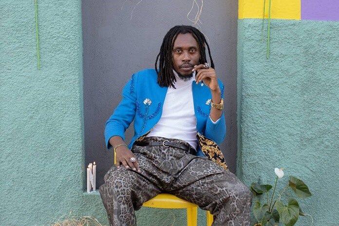 Rincon Sapiência investe na musicalidade pop africana em novo disco