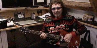 Tony Iommi com suéter do Black Sabbath