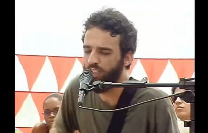Los Hermanos Luau MTV 2002