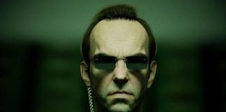 Agente Smith (Hugo Weaving) em Matrix