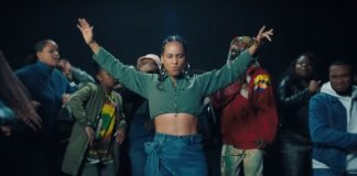 Alicia Keys no clipe de Underdog