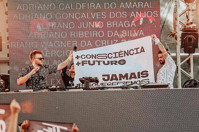 The Otherz no Planeta Brasill