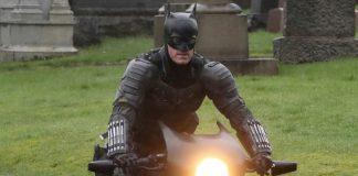 Batman na batmotoquinha