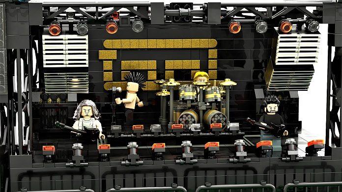 LEGO Tool via blocksandmocs