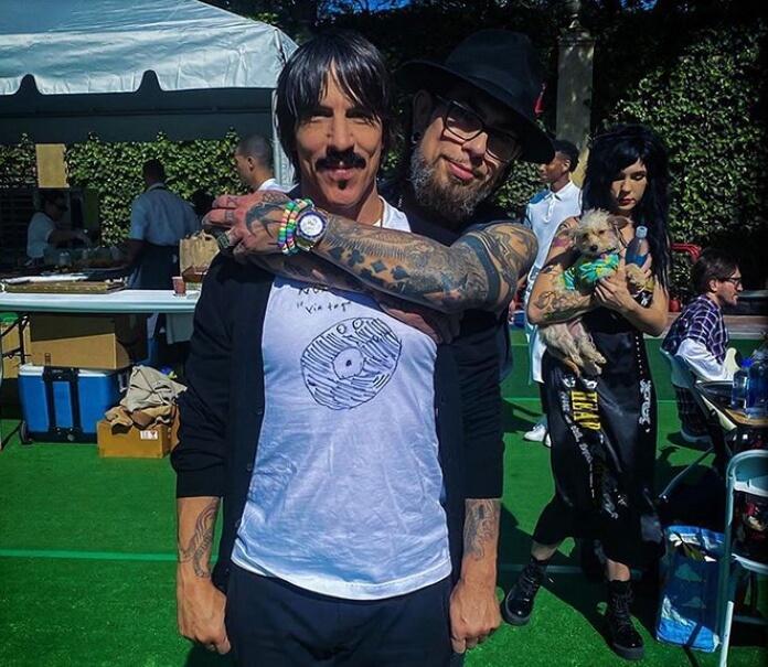 Anthony Kiedis e Dave Navarro