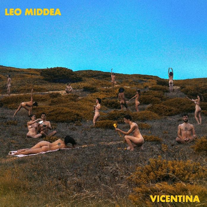 """Capa de """"Vicentina"""" (Leo Middea)"""
