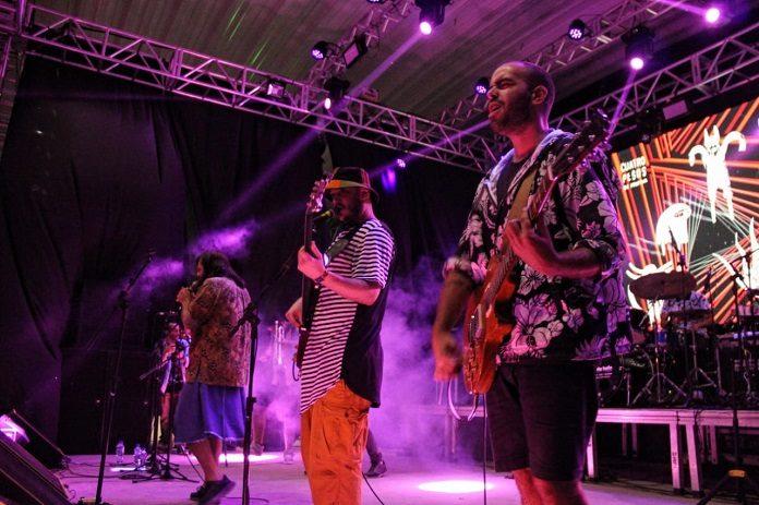 Cuatro Pesos de Propina no Festival Bradamundo