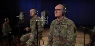 Exército americano homenageando Neil Peart