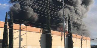 Incêndio em fábrica de acetato