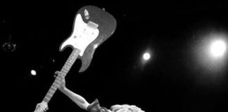 """Montagem de """"Kurt Cobain"""""""