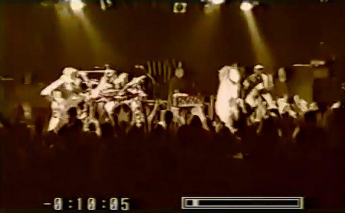 Show surpresa do Rage Against the Machine em 2000