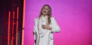 Kylie Minogue no Festival GRLS-3