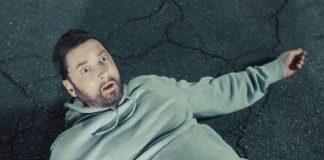 """Eminem no clipe de """"Godzilla"""""""