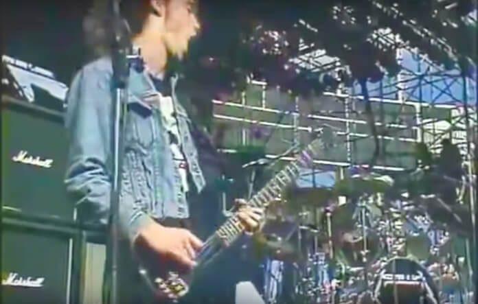 Cliff Burton com o Metallica em 1985