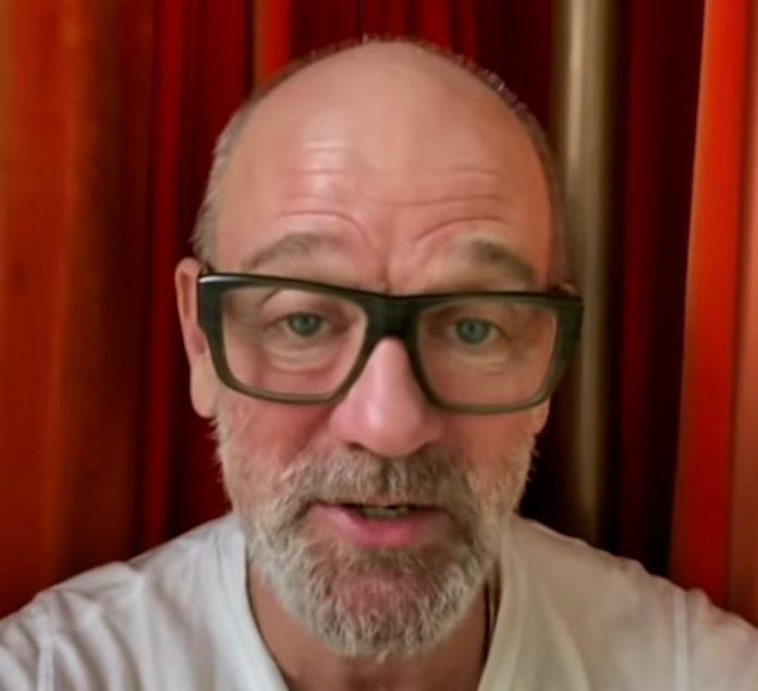 Michael Stipe (R.E.M.) dá recado contra o coronavírus