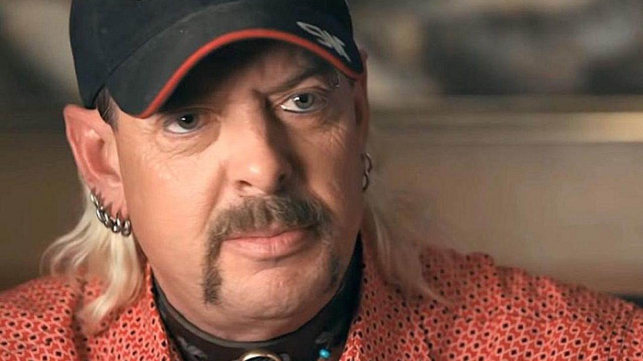 Joe Exotic (A Máfia Dos Tigres) é diagnosticado com COVID-19 na prisão