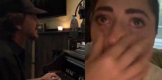 Eddie Vedder faz Lady Gaga chorar