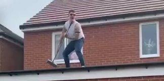 Queen, Freddie Mercury no telhado