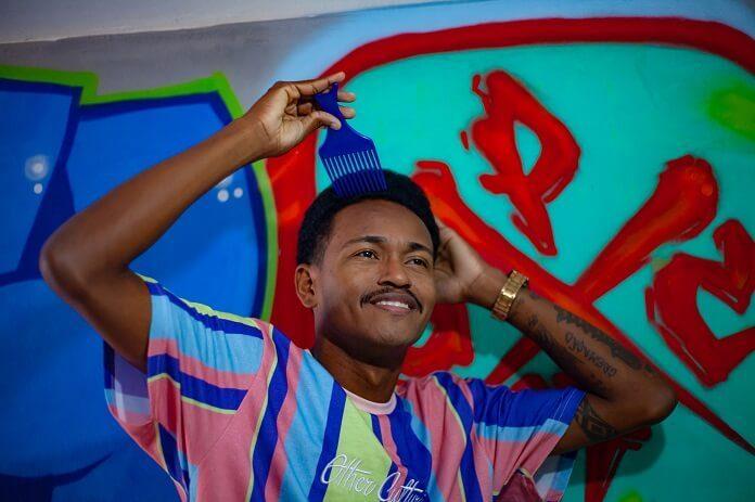 Pelé do Manifesto mistura rap e black music em novo disco
