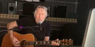 Roger Waters toca John Prine