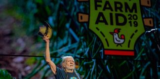 Willie Nelson no Farm Aid 2019