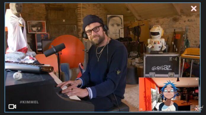 Damon Albarn em dueto com o Gorillaz