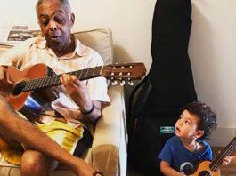 Gilberto Gil com o neto Nino