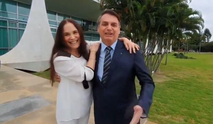 Jair Bolsonaro e Regina Duarte em Brasília