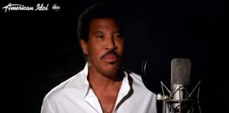 "Lionel Richie na versão 2020 de ""We Are the World"""