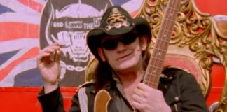 Lemmy, do Motorhead, em cover do Sex Pistols