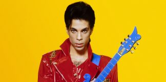 Prince com a guitarra Blue Cloud