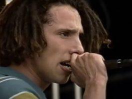 Zack de la Rocha em show do Rage Against the Machine