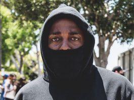 Kendrick Lamar em protestos antirracistas em Compton