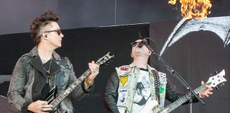 Synyster Gates e Johnny Christ, do Avenged Sevenfold