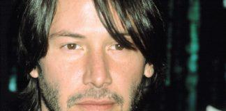 Keanu Reeves na estreia de Matrix Reloaded, em 2003
