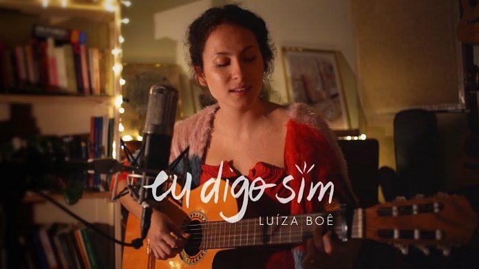 """Luíza Boê fala sobre novos começos em """"Eu digo sim""""; ouça"""