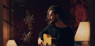 Tiago Iorc anuncia live