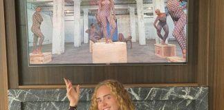 Adele assiste ao filme da Beyoncé