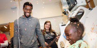 Chadwick Boseman no Hospital Infantil