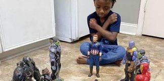 Fã cria funeral para o Pantera Negra com bonecos