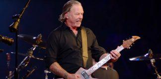 James Hetfield (Metallica) no S&M2
