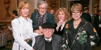 Steven Spielberg, pai e irmãs
