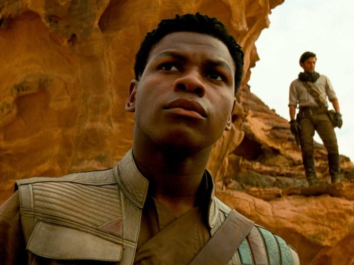 John Boyega como Finn em