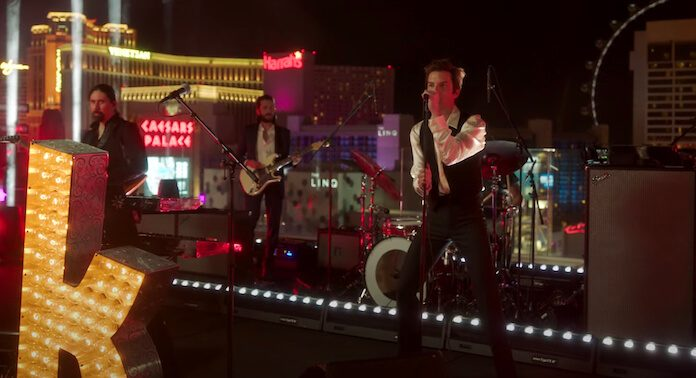 The Killers tocando