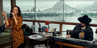 Bebel Gilberto no NPR Tiny Desk