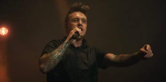 Papa Roach fazendo cover de Blur