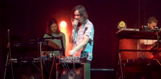 Tame Impala no The Tonight Show Starring Jimmy Fallon